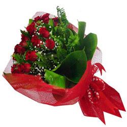 Kırşehir çiçek servisi , çiçekçi adresleri  12 adet kirmizi essiz gül buketi - SEVENE ÖZEL