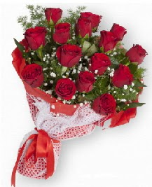 11 kırmızı gülden buket  Kırşehir çiçek mağazası , çiçekçi adresleri