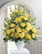 Kırşehir hediye çiçek yolla  sari güllerden sebboy tanzim çiçek siparisi