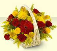Kırşehir cicekciler , cicek siparisi  sepette mevsim çiçekleri