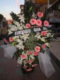 kazablanka,gerbera,sebboy ferforje  Kırşehir ucuz çiçek gönder