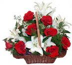 sepette gül ve kazablankalar   Kırşehir ucuz çiçek gönder