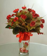 yapay güllerden vazo  9 gül  Kırşehir cicek , cicekci