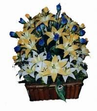 yapay karisik çiçek sepeti   Kırşehir çiçek gönderme sitemiz güvenlidir