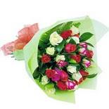 12 adet renkli gül buketi   Kırşehir çiçek yolla , çiçek gönder , çiçekçi