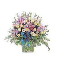 sepette kazablanka ve güller   Kırşehir çiçek gönderme sitemiz güvenlidir