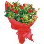 10 adet kirmizi gül buketi  Kırşehir İnternetten çiçek siparişi