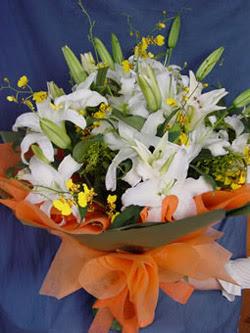 Kırşehir çiçekçi mağazası  5 ADET KAZABLANKA BUKETI KALITEDEN SASMAYANLARA