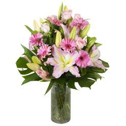 vazo içerisinde karisik mevsim çiçekleri  Kırşehir internetten çiçek satışı