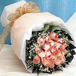 12 adet sonya gül buketi anneler günü için olabilir   Kırşehir online çiçekçi , çiçek siparişi