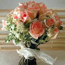 12 adet sonya gül buketi    Kırşehir çiçek gönderme sitemiz güvenlidir