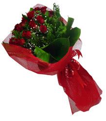 Kırşehir çiçek yolla , çiçek gönder , çiçekçi   10 adet kirmizi gül demeti