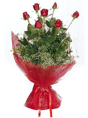 Kırşehir hediye sevgilime hediye çiçek  7 adet gülden buket görsel sik sadelik