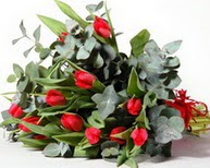 Kırşehir çiçek gönderme  11 adet kirmizi gül buketi özel günler için