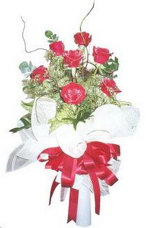 Kırşehir hediye çiçek yolla  7 adet kirmizi gül buketi