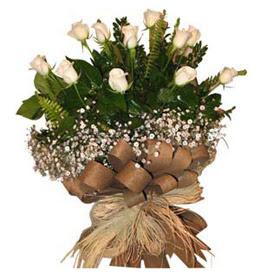 Kırşehir çiçek yolla  9 adet beyaz gül buketi