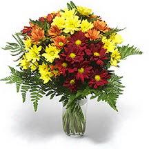 Kırşehir hediye çiçek yolla  Karisik çiçeklerden mevsim vazosu