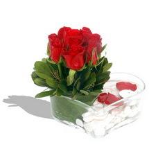 Mika kalp içerisinde 9 adet kirmizi gül  Kırşehir hediye sevgilime hediye çiçek