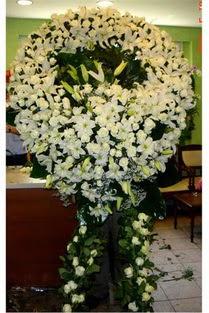 Cenaze çelenk , cenaze çiçekleri , çelengi  Kırşehir çiçek gönderme