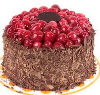 çikolatali franbuazli yas pasta 4 ila 6  Kırşehir çiçek gönderme sitemiz güvenlidir