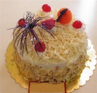 pasta siparisi 4 ile 6 kisilik yaspasta mis lezzette  Kırşehir çiçek yolla