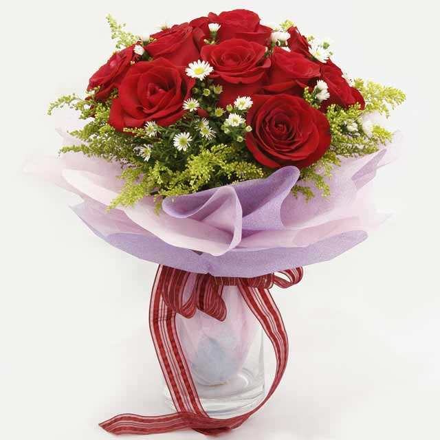 Çiçek gönderme estetikliginiz 11 gül buket  Kırşehir ucuz çiçek gönder