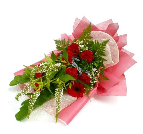Karisik çiçek buketi mevsim buket  Kırşehir hediye çiçek yolla