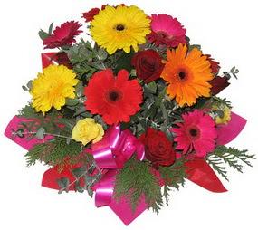 Karisik mevsim çiçeklerinden buket  Kırşehir 14 şubat sevgililer günü çiçek