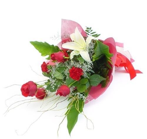 Mevsim çiçeklerinden karisik buket  Kırşehir çiçek siparişi vermek