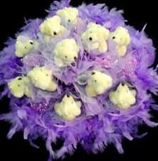 11 adet pelus ayicik buketi  Kırşehir çiçekçi telefonları