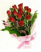 11 adet essiz kalitede kirmizi gül  Kırşehir uluslararası çiçek gönderme