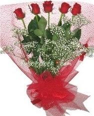 5 adet kirmizi gülden buket tanzimi  Kırşehir İnternetten çiçek siparişi