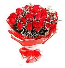 Kırşehir çiçek online çiçek siparişi  12 adet kırmızı güllerden görsel buket