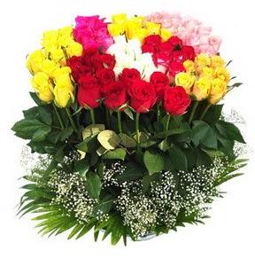 Kırşehir çiçek online çiçek siparişi  51 adet renkli güllerden aranjman tanzimi