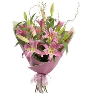 Kırşehir online çiçekçi , çiçek siparişi  3 dal cazablanca buket çiçeği