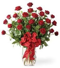 Sevgilime sıradışı hediye güller 24 gül  Kırşehir cicekciler , cicek siparisi