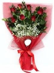 7 adet kırmızı gülden buket tanzimi  Kırşehir çiçek siparişi vermek
