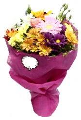 1 demet karışık görsel buket  Kırşehir uluslararası çiçek gönderme