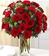 Vazo içerisinde 33 adet kırmızı gül  Kırşehir çiçek siparişi vermek