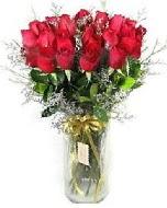 27 adet vazo içerisinde kırmızı gül  Kırşehir online çiçekçi , çiçek siparişi