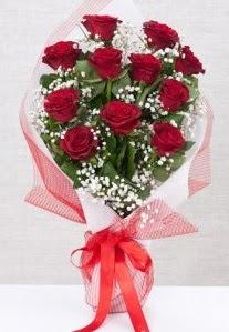 11 kırmızı gülden buket çiçeği  Kırşehir cicekciler , cicek siparisi