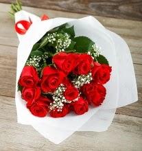 9 kırmızı gülden buket çiçeği  Kırşehir çiçek gönderme sitemiz güvenlidir