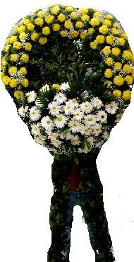Cenaze çiçek modeli  Kırşehir internetten çiçek satışı