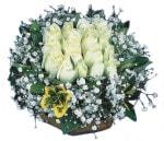 Kırşehir çiçek siparişi sitesi  Beyaz harika bir gül sepeti