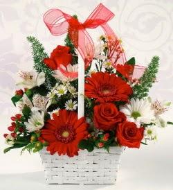 Karışık rengarenk mevsim çiçek sepeti  Kırşehir internetten çiçek satışı