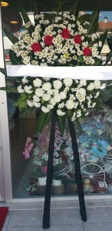 Cenaze çiçeği cenaze çiçek modelleri  Kırşehir çiçek gönderme sitemiz güvenlidir