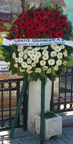 Cenaze çiçek modeli  Kırşehir 14 şubat sevgililer günü çiçek