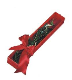 Kırşehir anneler günü çiçek yolla  tek kutu gül sade ve sik