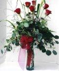 Kırşehir hediye çiçek yolla  7 adet gül özel bir tanzim