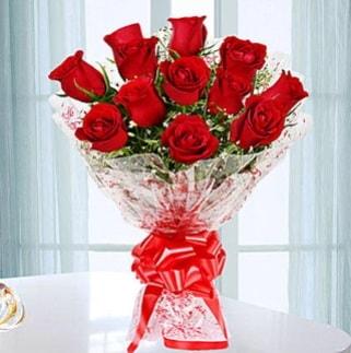 11 adet kırmızı gülden görsel şık buket  Kırşehir çiçek satışı